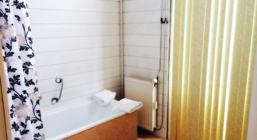 http://www.hotelmayflower.nl/wp-content/uploads/2016/03/DOWNLOAD-appartement-badkamer.jpg